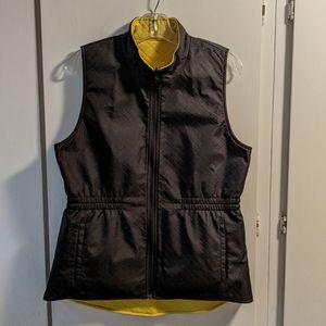 CAbi Travel Reversible Vest sz M